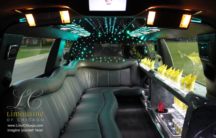 14 passenger limo Lincoln Navigator interior in Chicago