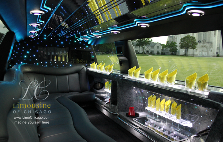 chicago-fleet-14-passenger-limo-navigator-interior-blue