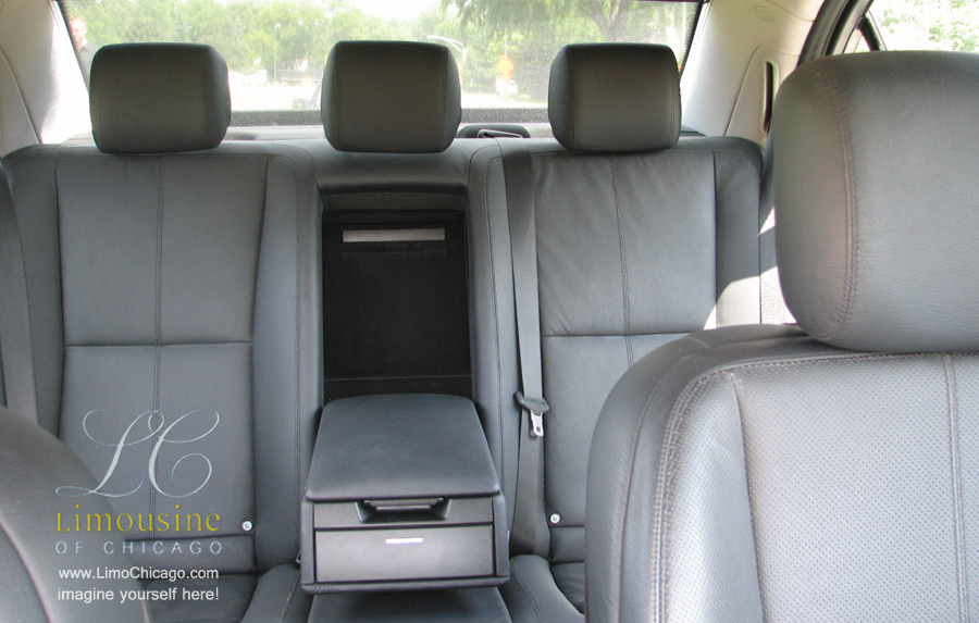limo-medcedes-s550-back-leather-seats-900px