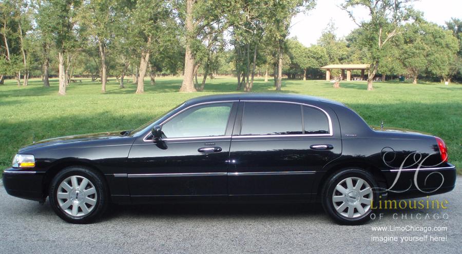 limousine-towncar-side-900px-slim